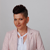 Anikó Janegová